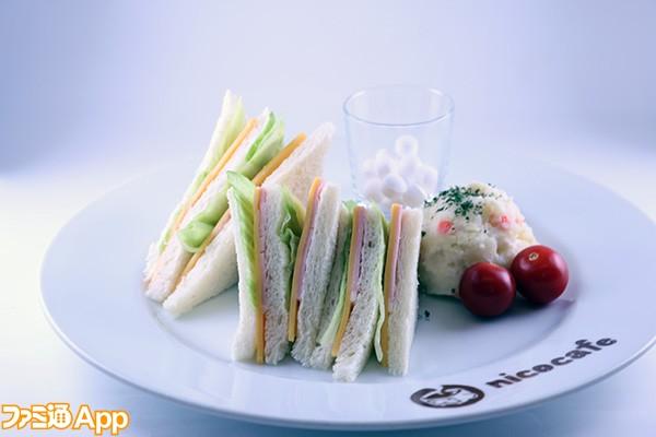 食堂のサンドイッチ