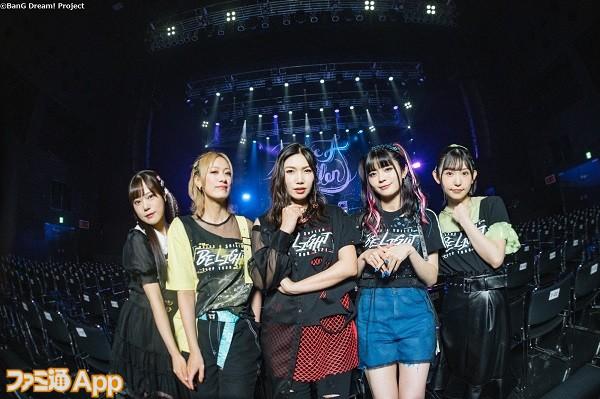 ※取材媒体様限定※【集合写真】RAISE A SUILEN ZEPP TOUR 2021「BE LIGHT」大阪公演